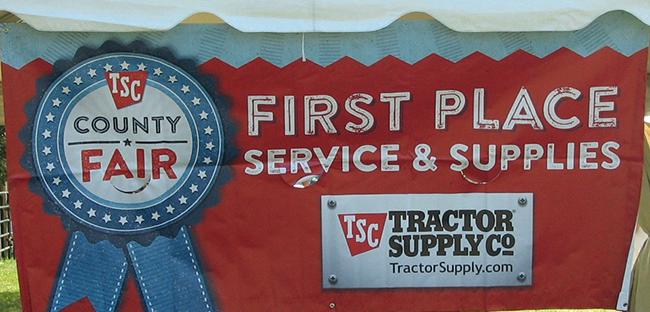 TractorSupplySign